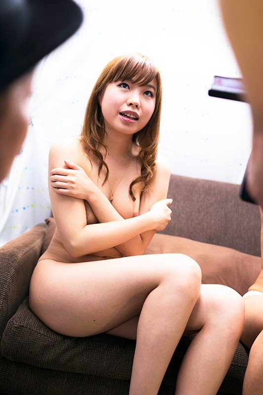 Hot Entertainment HEZ-211-B Sister Shame 2 16 Amateur Girls Who Feel Embarrassed By The Situation Of Sister And Sister This Is A Man S Romance Aim For Double Blowjob - Part B