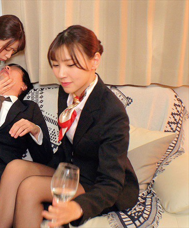 Red Face Girl SKMJ-153-B Complete Wome Is Ranking Documentary Porn Video Partying At Home With Flight Attendants Becomes A Threesome Where Both Girls - Part B